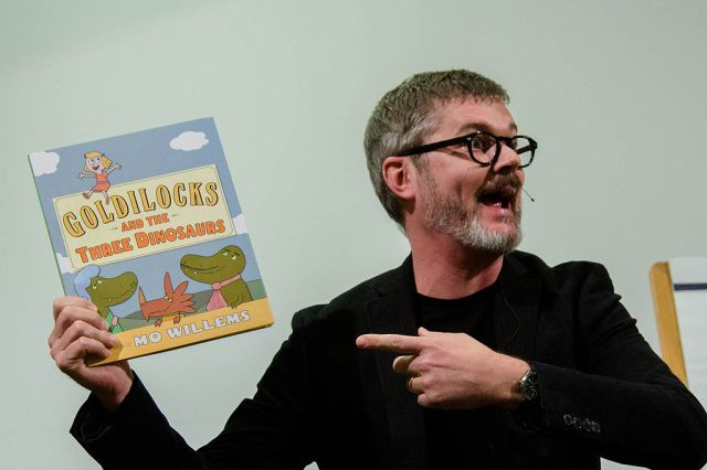 1024px-Mo_Willems_Mazza_Fall_Conference_2012